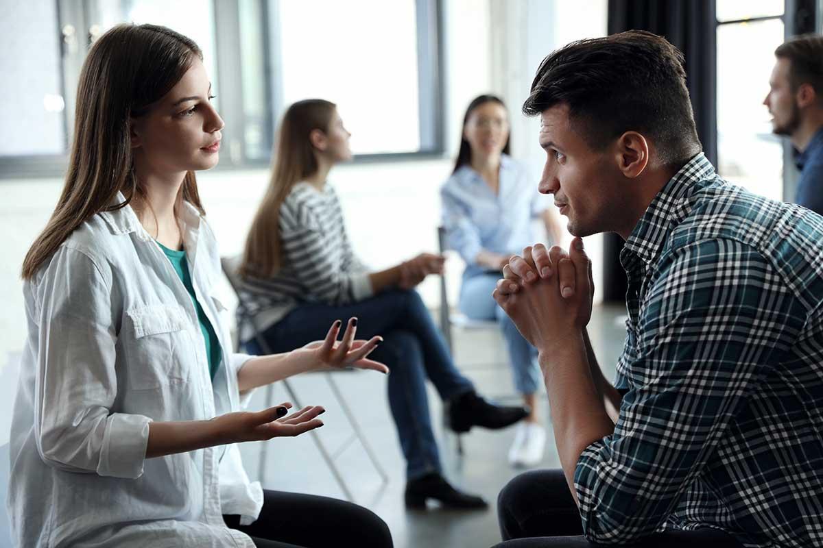 a doctor discusses dual diagnosis treatment